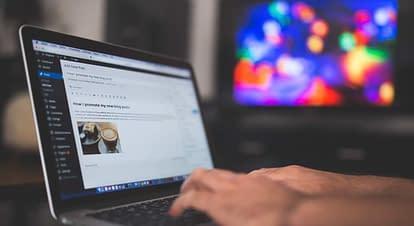 ホームページ制作・更新業のアルバイト・パートタイムスタッフを募集しています。