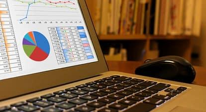 Googleアナリティクスのマイレポートの設定方法と使い方